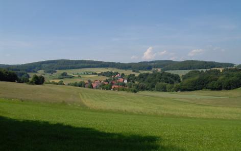 Abwechslungsreiche Landschaft im nordhessischen Knüllgebirge. Foto: C. Gelpke